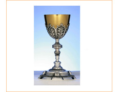 Chalice of silver, chiselled with a golden cup