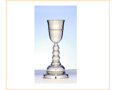 Chalice of silver with knot wavy