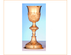 Chalice of silver with the face of Jesus chiseled