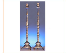 Candlestick stand made in sterling silver chiseled