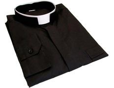 Black shirt with collar roman