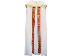 Cape of polyester and wool with gallon sewn