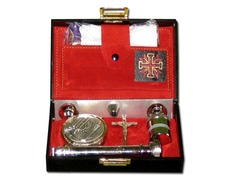 Portfolio of Sacraments rigid with interior in red color