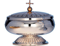 Ciborium of silver's smooth with a lid and stand decorated