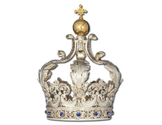 Imperial crown with a Cross and bright