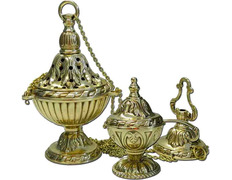 Set of censer, naveta and spoon manufactured in bronze