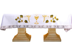 Tablecloth for the altar with chalice, Host, wheat and grapes embroidered