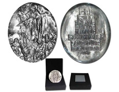 Silver locket souvenir of the Holy Year