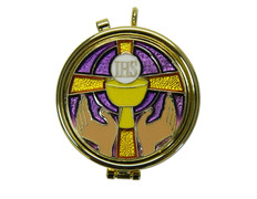 Portaviático with a gilt Cross, enamelled and background purple