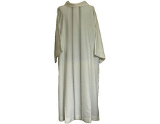 Tunic of tergal to an altar boy