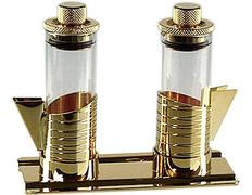 Cruets glass stopper is airtight