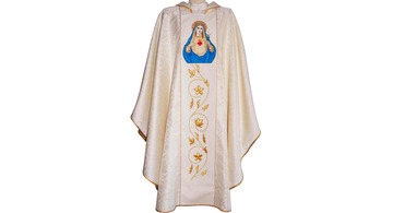 Colours of the chasuble for priest